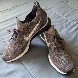 Nike Mariah Flyknit Racer Mushroom Gray EUC